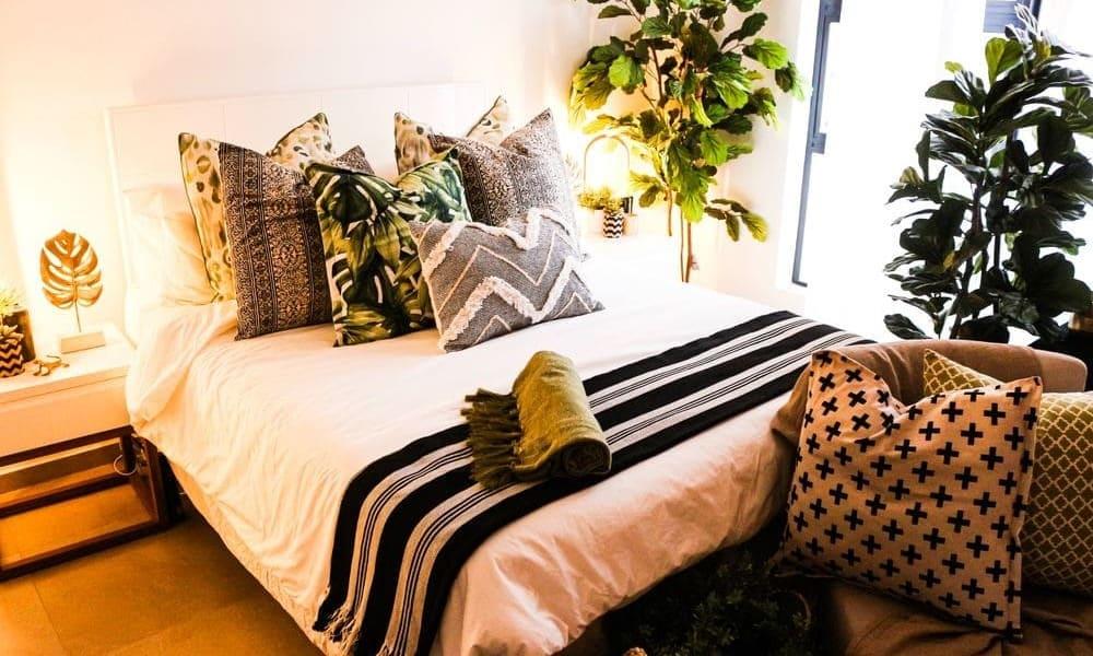 Las mejores ideas para decorar una cama con cojines